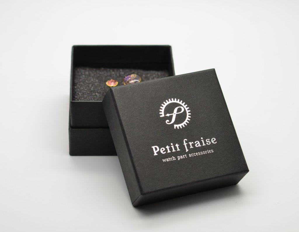 プレゼントに最適な黒い箱